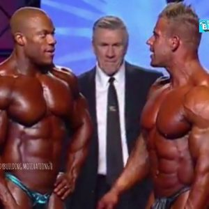 Teacher vs student Jay vs Phillip final posing Mr Olympia 2011