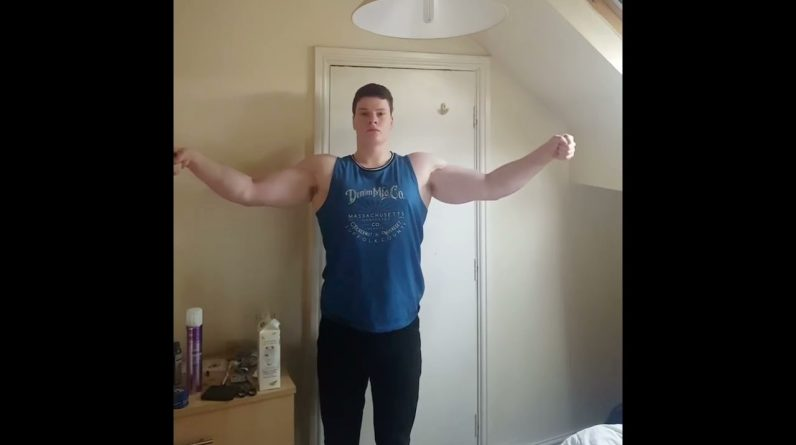 Natural Bodybuilder Crucifix Arm Pose - 20 Years Old (2017)